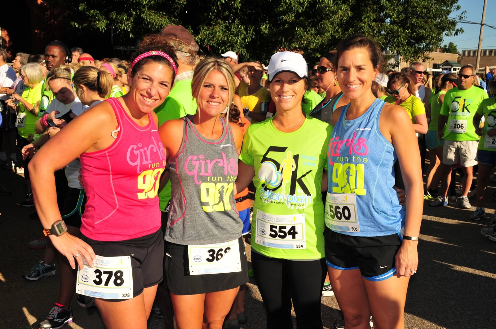 2013-Cotton-Pickin-5k-Girls-Run-the-901-runners