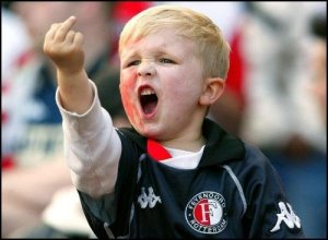Feyenoord fan finger