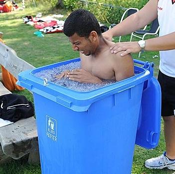 Wheelie-bin-ice-bath